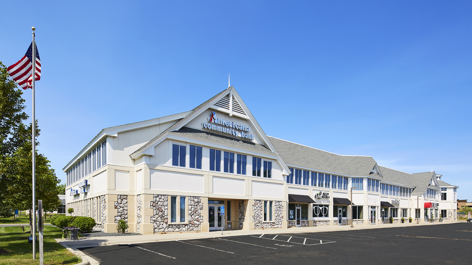 Market Street Station Retail Shopping Center Chanhassen MN Anchor American Community Bank