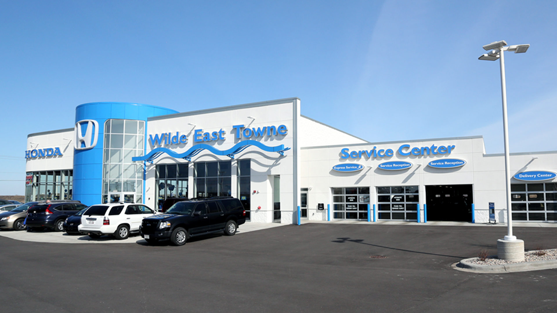 Wilde East Towne Honda Madison W Exterior Front Elevation View