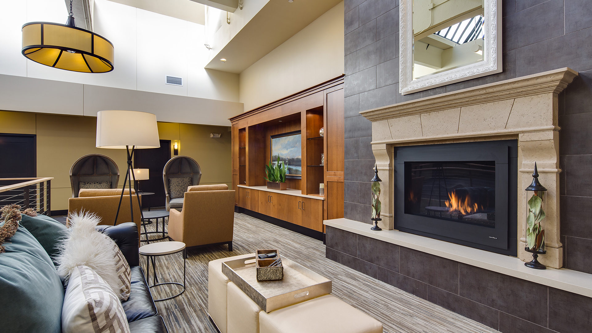 430 Oak Grove Apartments_Interior Lobby with fireplace
