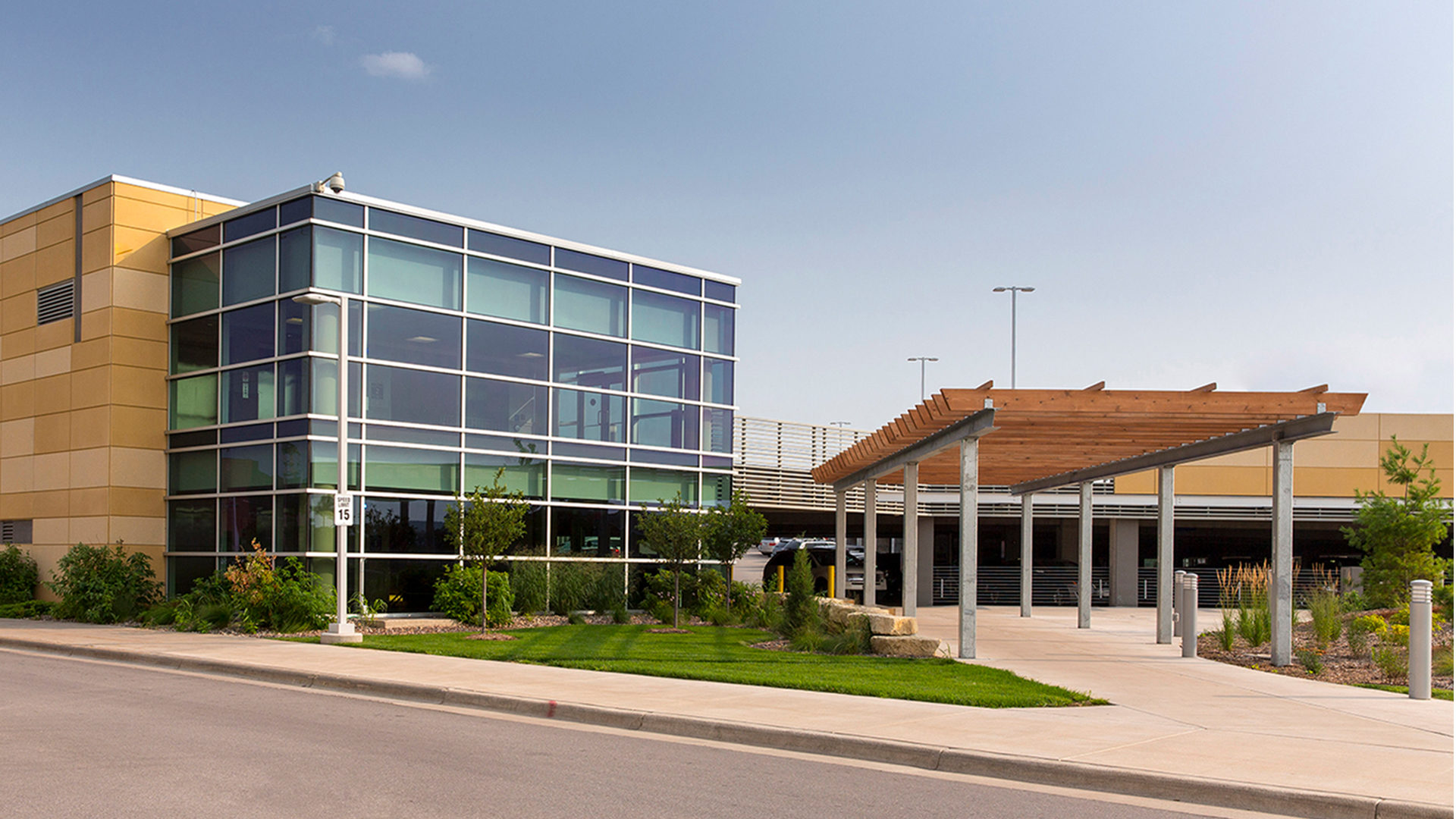 Gundersen Healthcare System Hospital Parking Ramp Exterior Entrance View