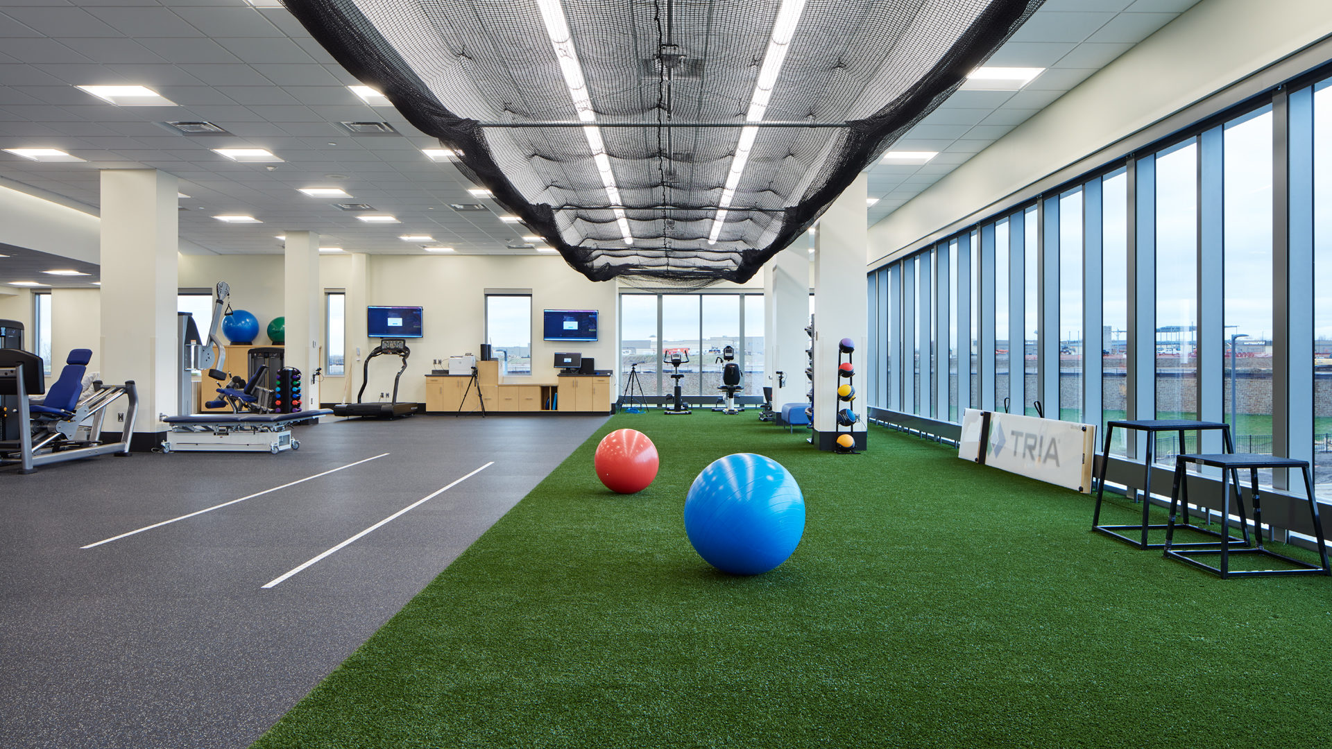 TRIA Orthopedic Center CityPlace Woodbury MN Healthcare Interior Physical Therapy Gym