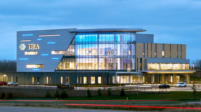 TRIA Orthopaedic Center CityPlace Woodbury MN Healthcare Exterior Night Shot
