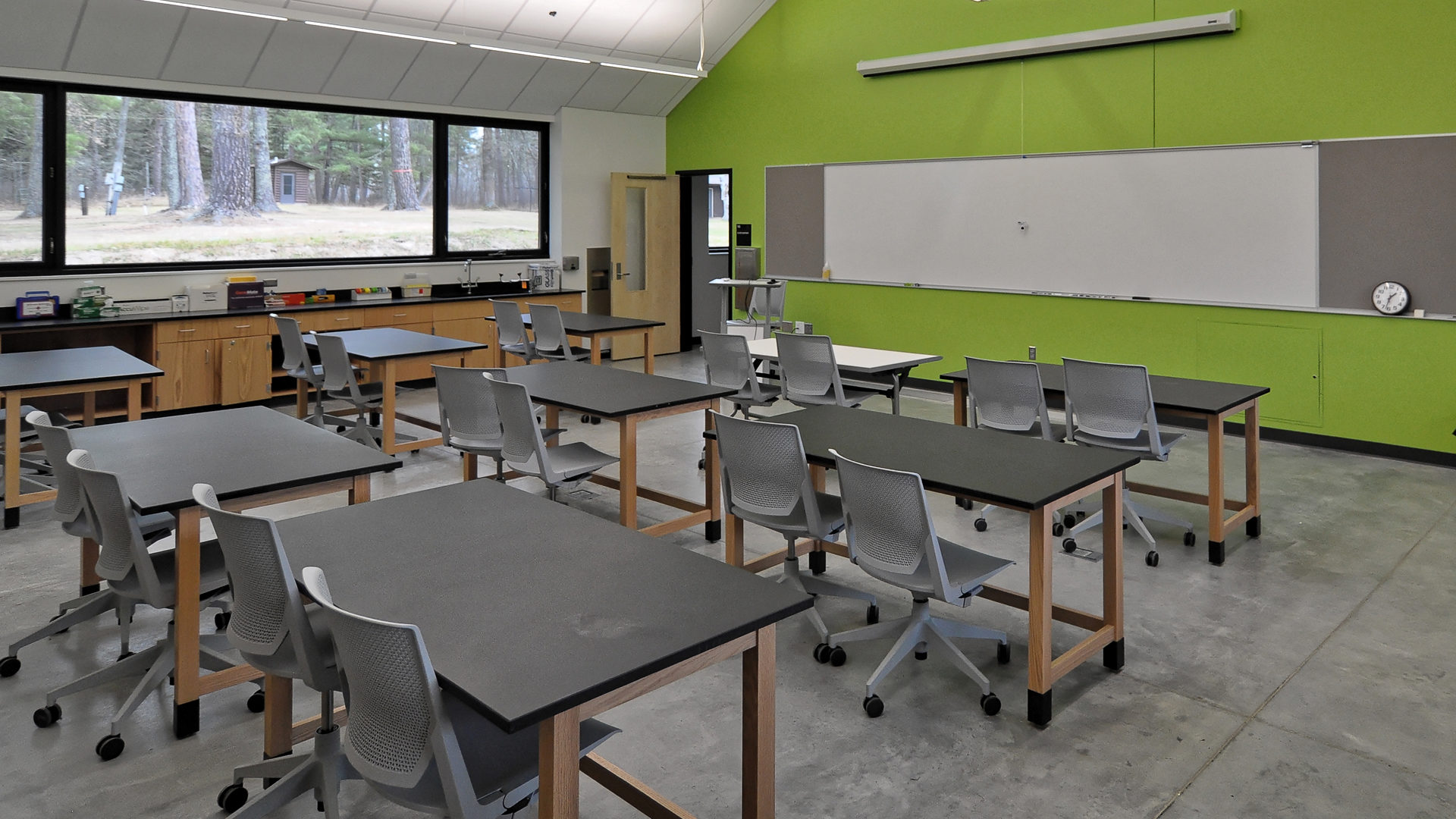 U of M Itasca Biological Station and Laboratories Classroom