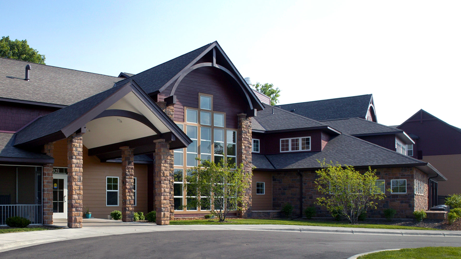 Valley Ridge Senior Residential Housing Burnsville MN Close Up on Exterior Front Entrance