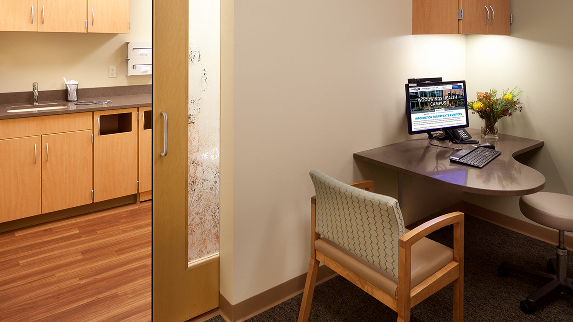 Woodwinds Hospital Cancer Center Woodbury MN Clinic Exam Room