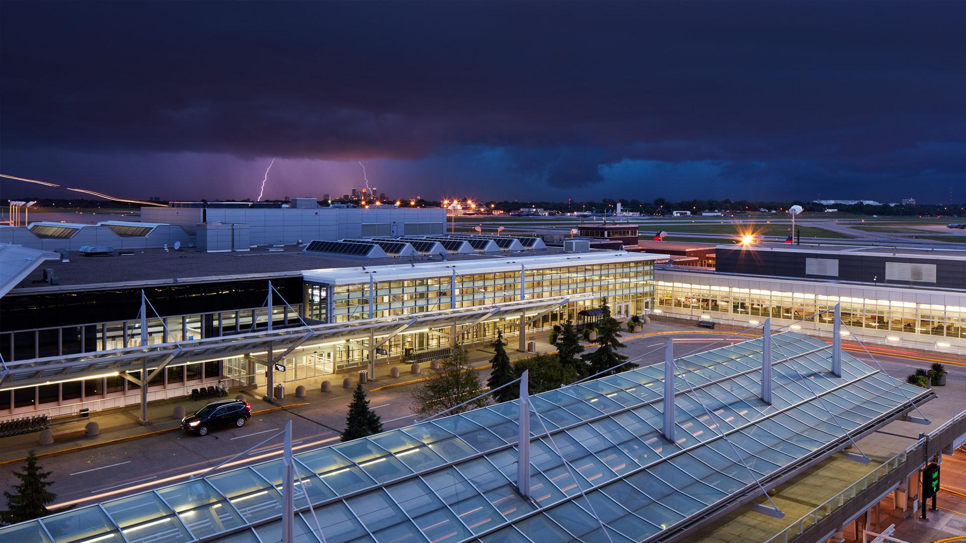 MAC T2-Humphrey Terminal Bloomington_Exterior View From Ramp of the Terminal at Night