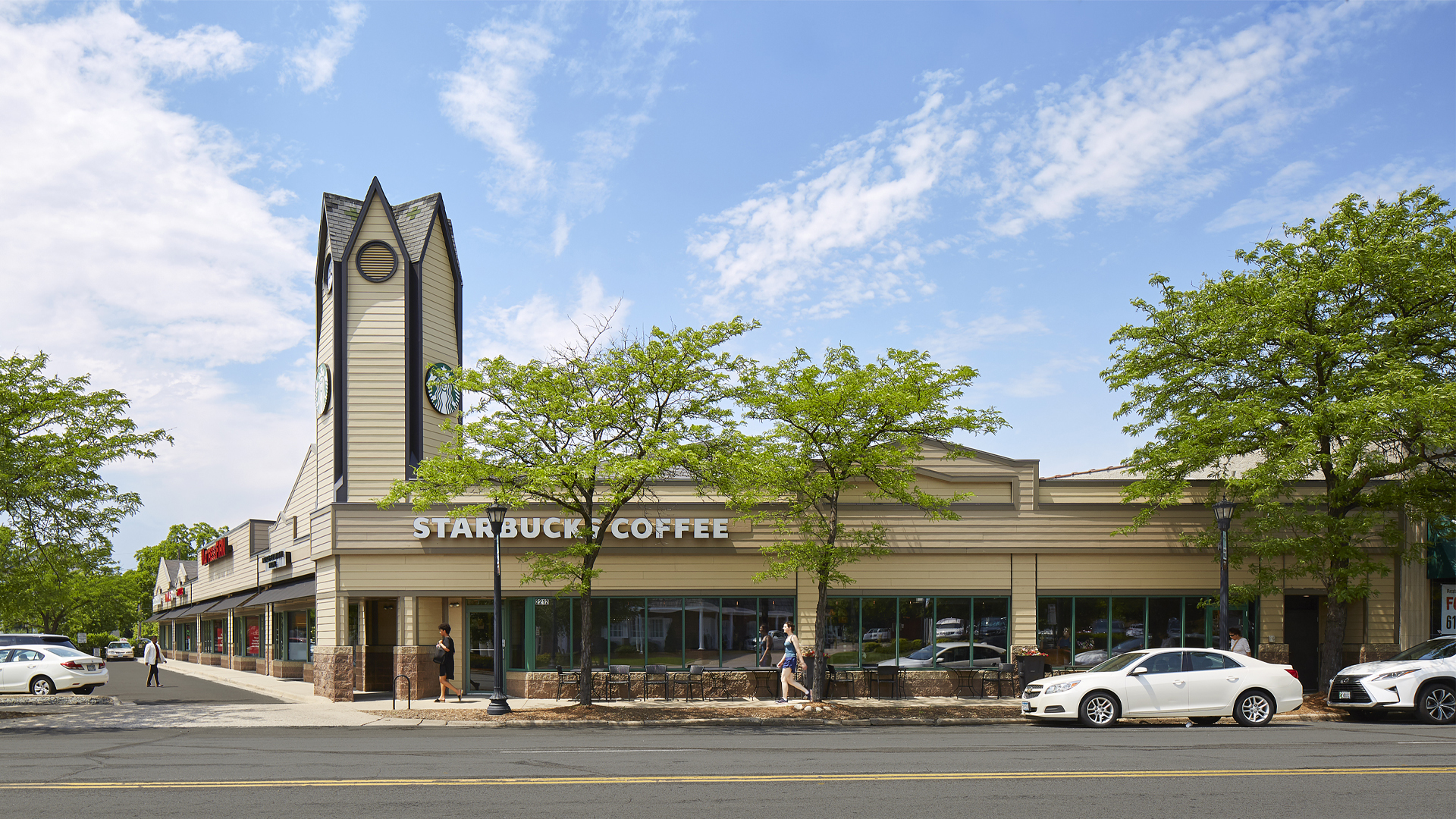 Kenwood Crossing Retail Shopping Center Minneapolis MN exterior view featuring Starbucks Coffee