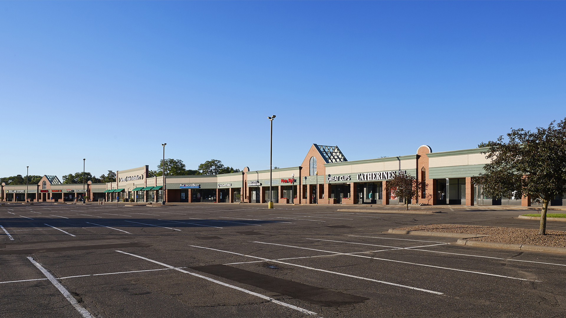 Northcourt Commons Retail Shopping Center Blaine MN exterior view 2
