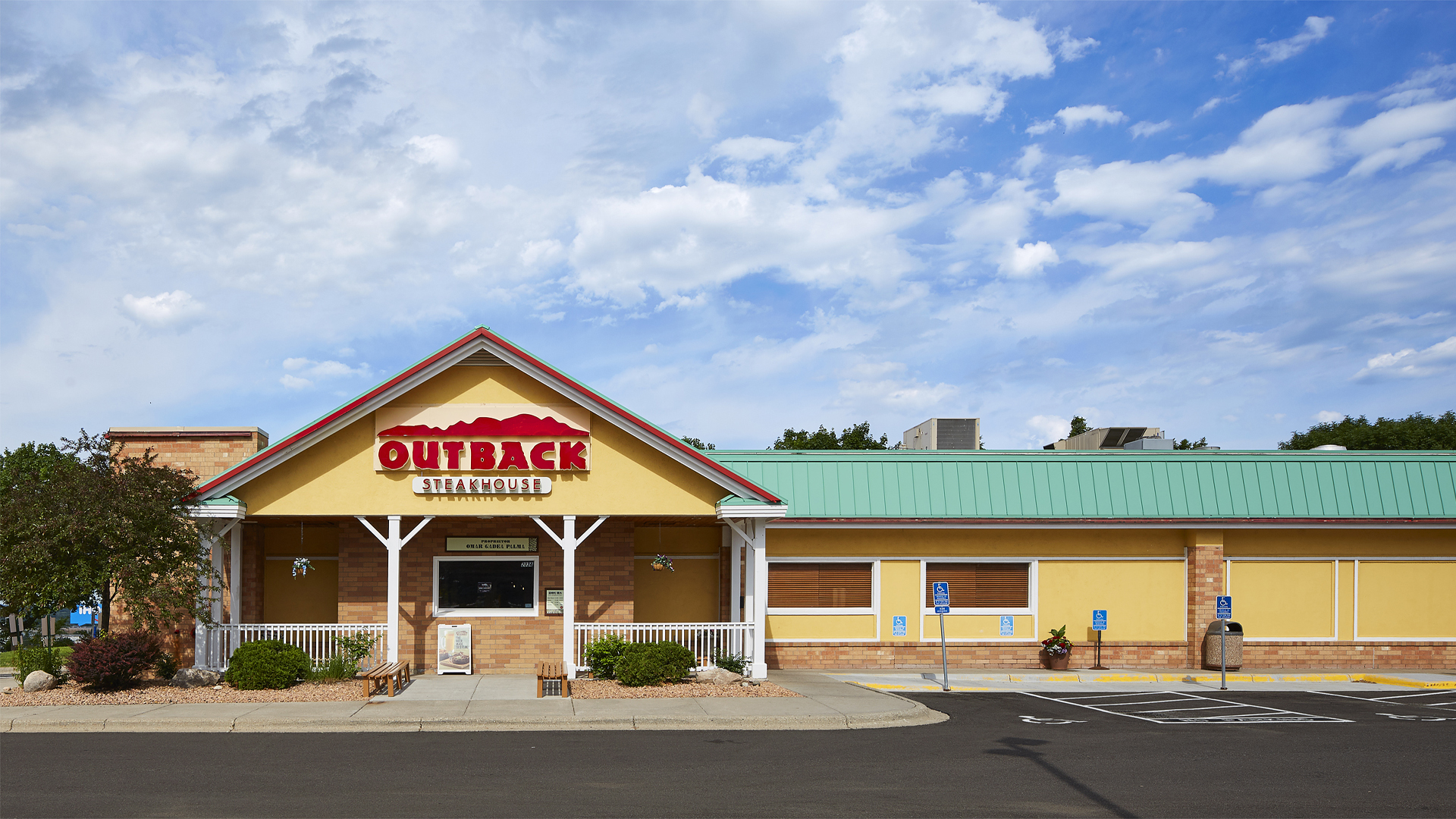 Skyline Plaza Retail Shopping Center Burnsville MN Outback front elevation