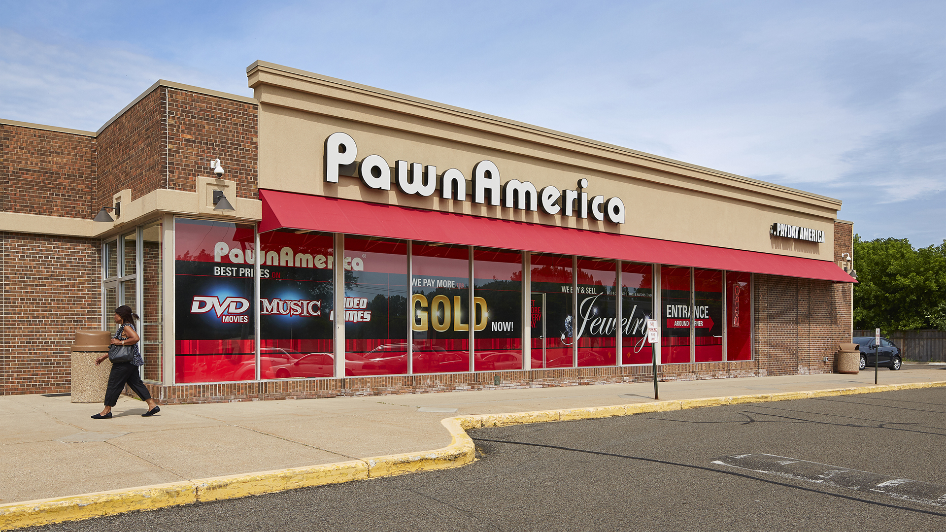 McCarron Hills Retail Shopping Center Roseville MN exterior view featuring Pawn America