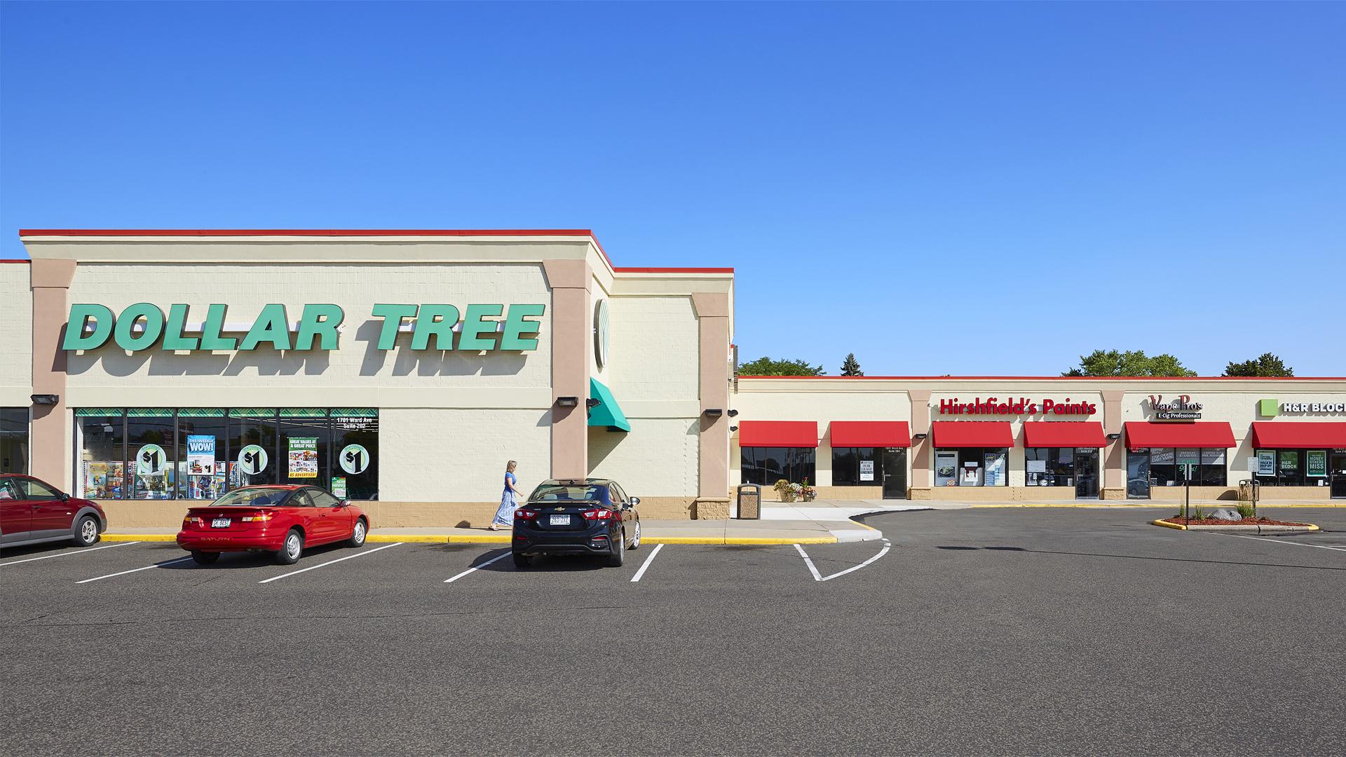 Plaza 94 Retail Shopping Center Hudson WI exterior strip featuring tenant Dollar Tree