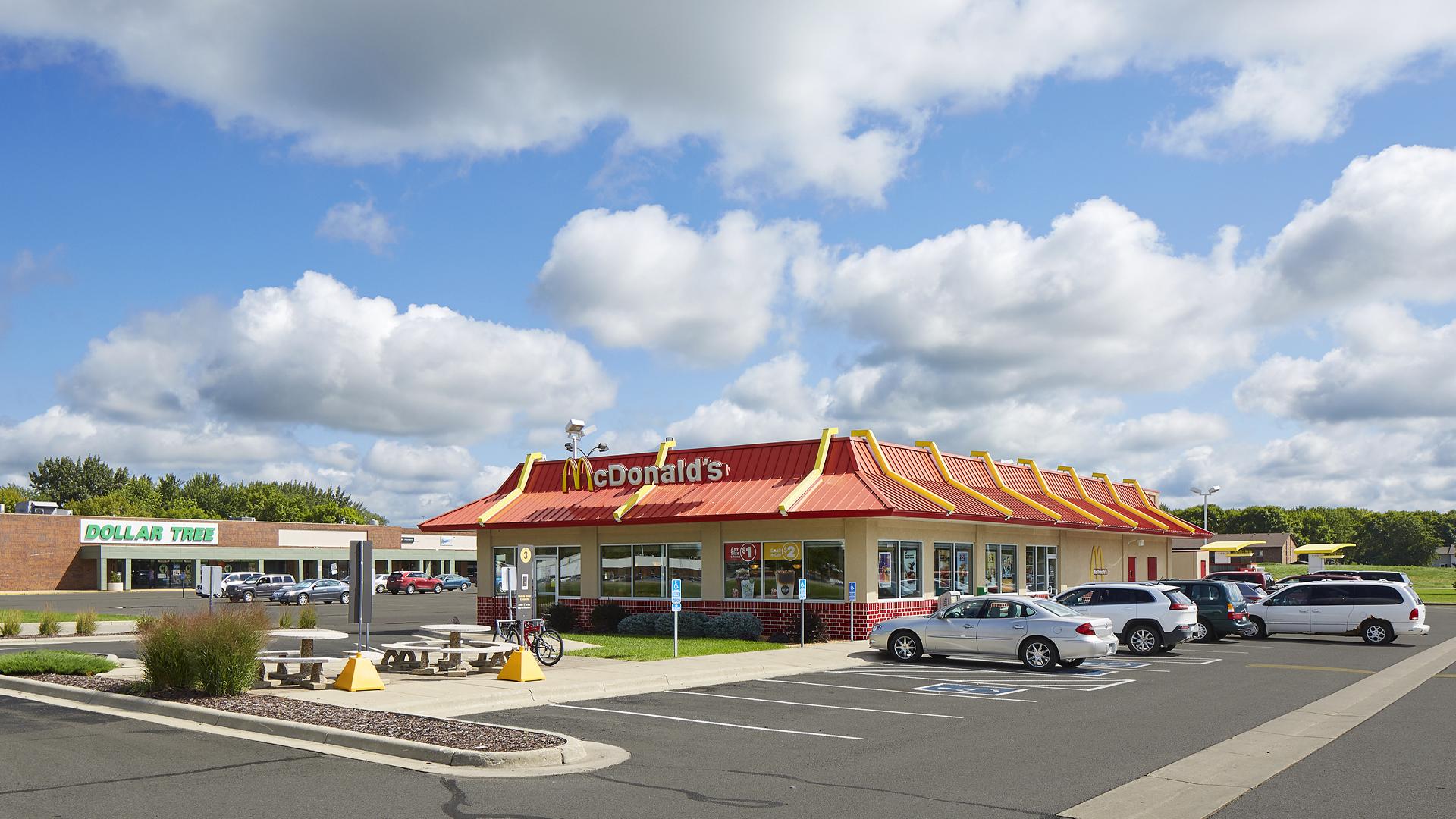 Northridge Plaza Retail Shopping Center Waseca MN exterior featuring McDonalds
