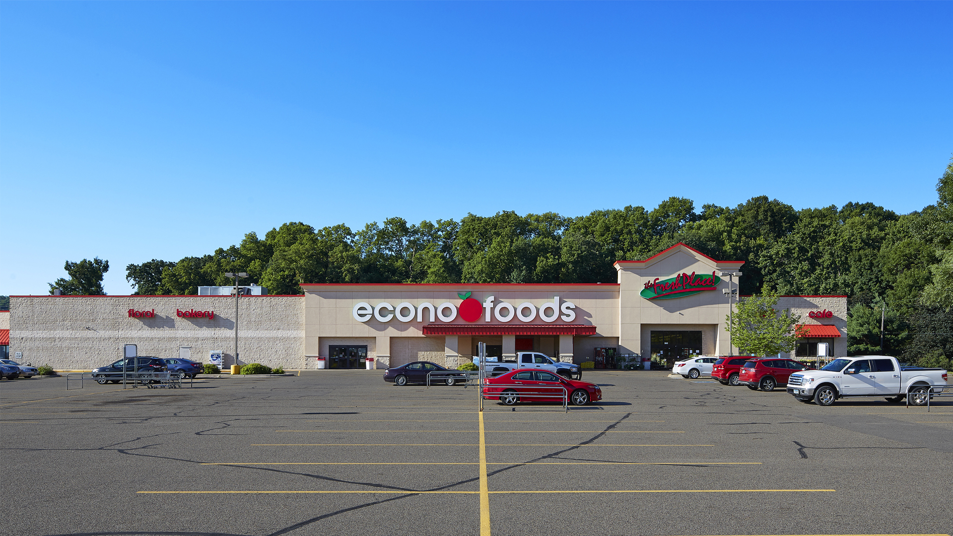 Red Wing Plaza Retail Shopping Center Red Wing MN Anchor Econo Foods
