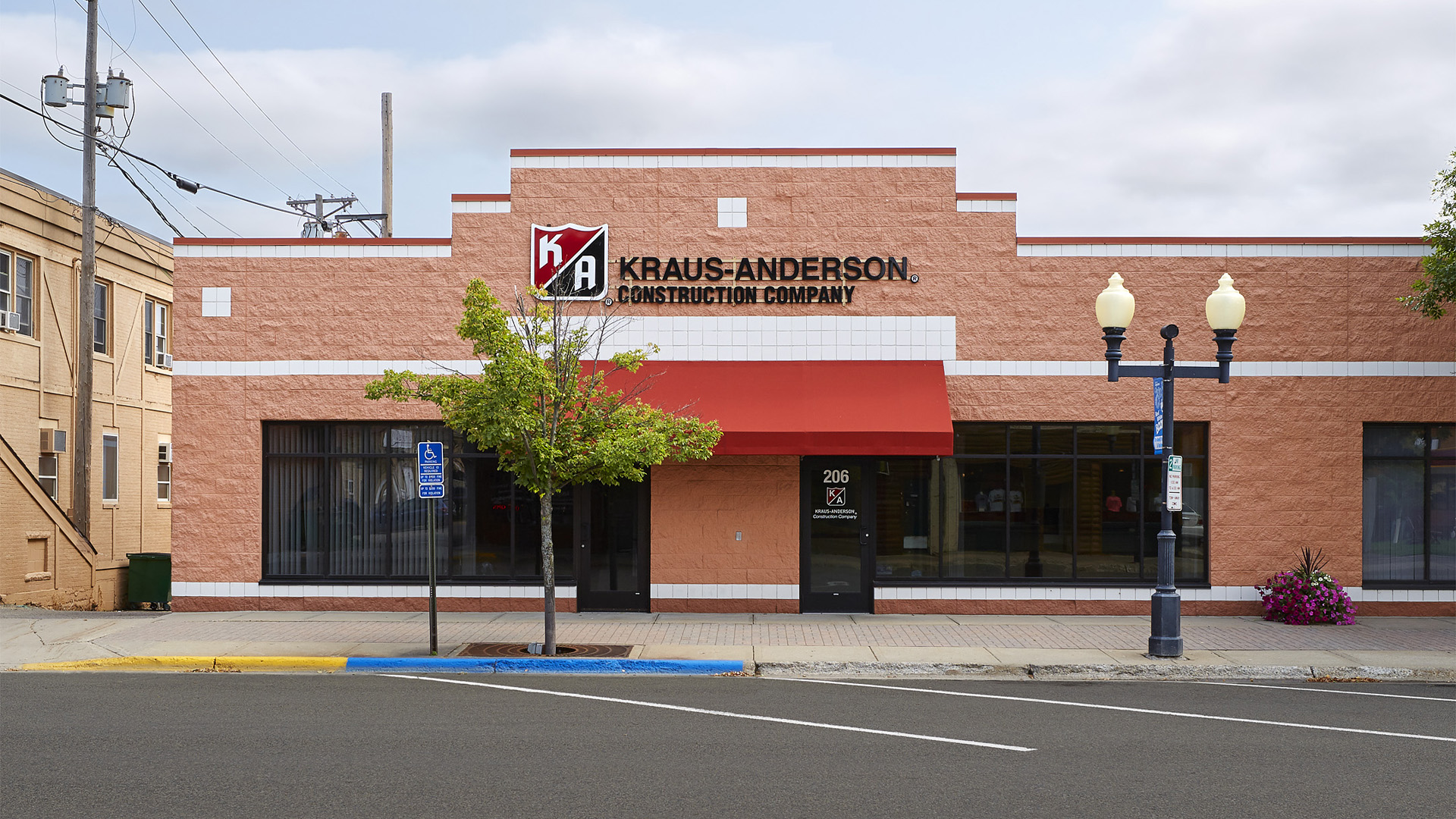 Union Square Shopping Center | Kraus-Anderson