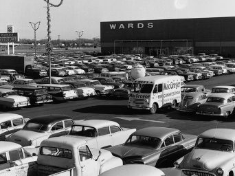 Filled parking lot at Southtown Shopping Center opening day Nov. 3, 1960. Southtown 60 years